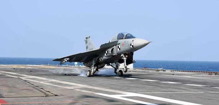 LCA-Tejas-INS-Vikramaditya-Navy-DRDO-4